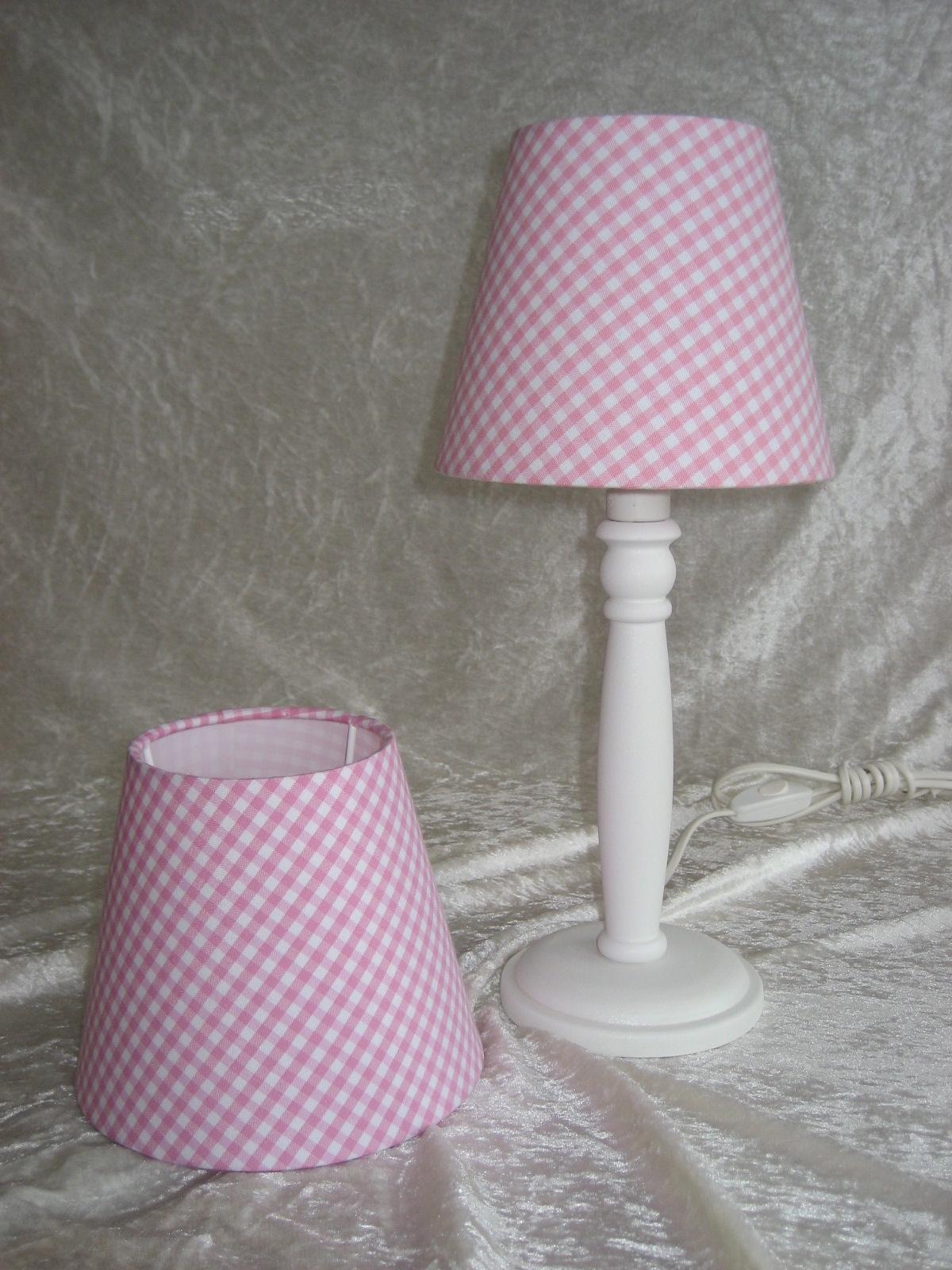 Nordika lampenschirm vichykaro rosa tuetatue for Nachttisch lampenschirme